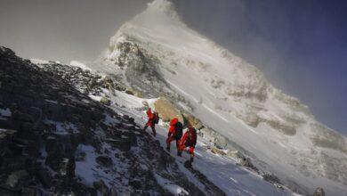 Photo of Científicos chinos llegan a la cima del Everest para medirlo.