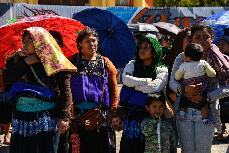 Desplazados tzotziles reportan tiroteos contra comuneros de Aldama