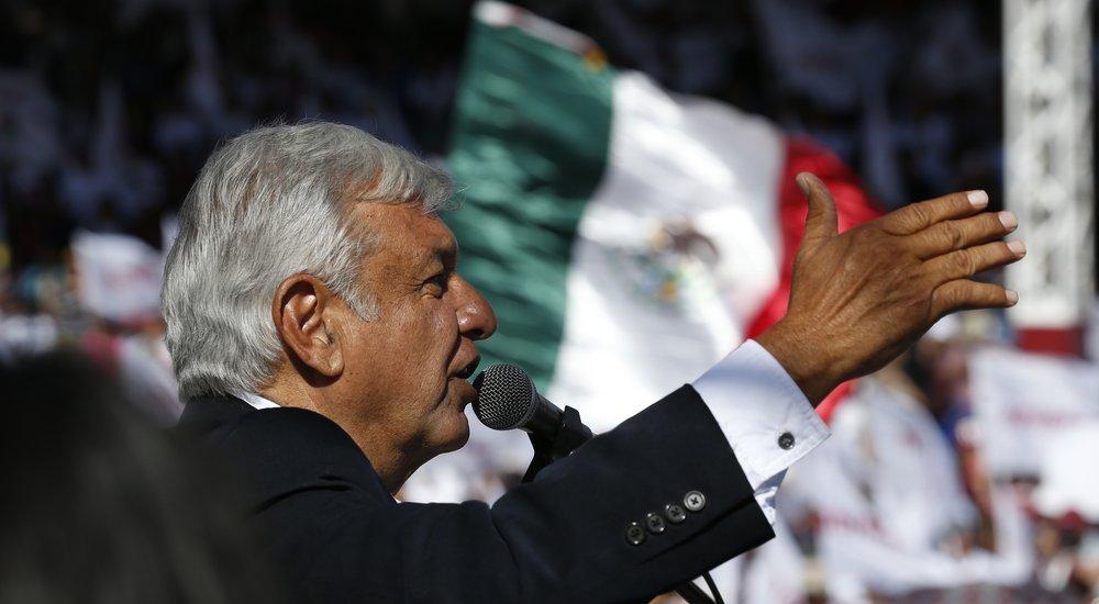 Photo of Falta de democracia ha conducido al país a crisis y decadencia: AMLO