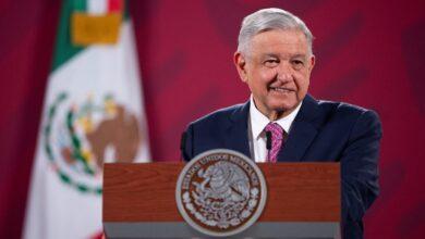 Photo of Pide López Obrador a INE usar voluntarios para consulta